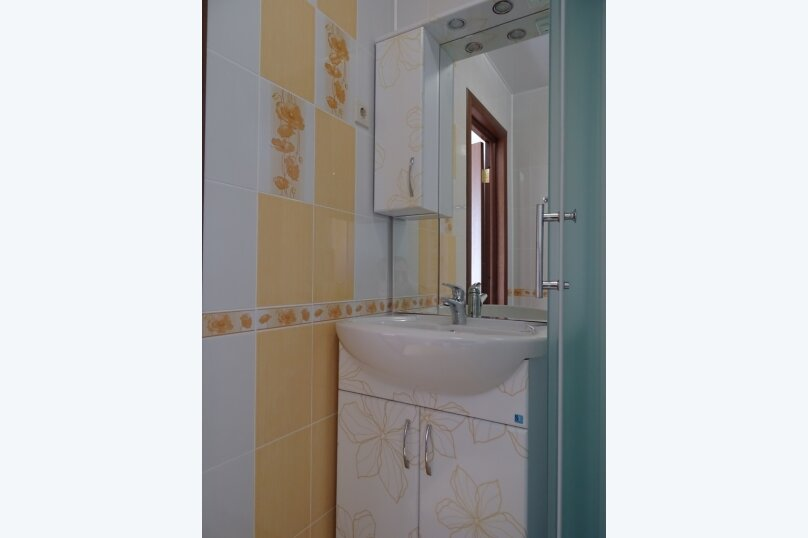 "Мини-гостиница ""Валентина"", улица Комарова, 1 на 5 номеров - Фотография 19"