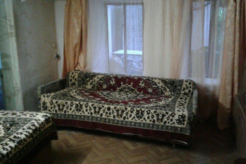 2 Часть дома на 3 человека, переулок Айвазовского, 6А, Феодосия - Фотография 1