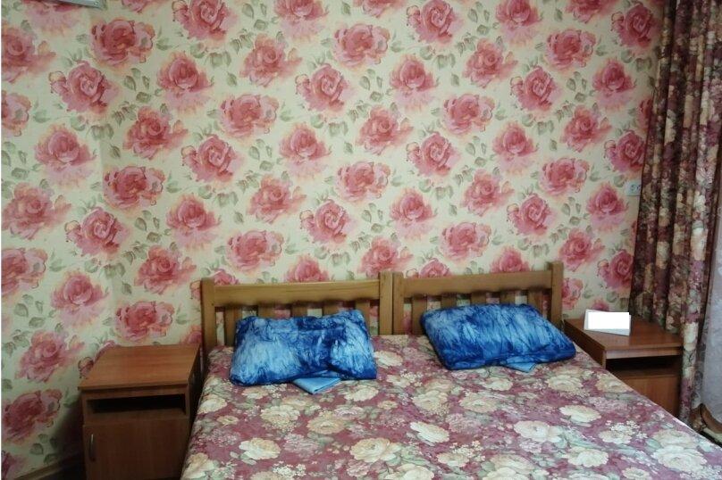 """Гостевой дом """"На Таманской 72"""", Таманская улица, 72 на 7 комнат - Фотография 61"""