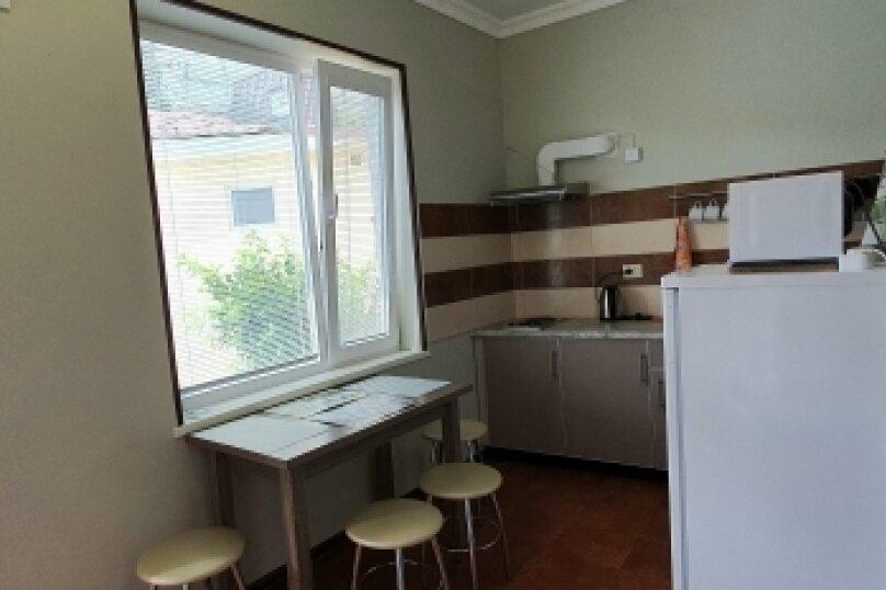 Дом, 50 кв.м. на 5 человек, 2 спальни, улица Калинина, 26, Алупка - Фотография 5