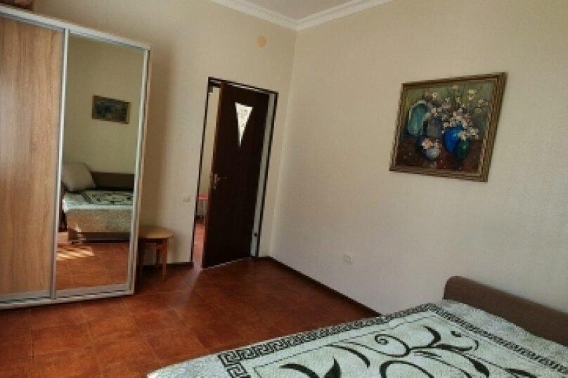 Дом, 50 кв.м. на 5 человек, 2 спальни, улица Калинина, 26, Алупка - Фотография 10