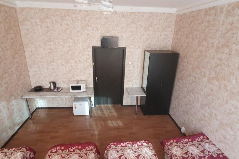"""Хостел """"Three Capitals hostel Ligovsky"""", Лиговский проспект, 58 на 3 номера - Фотография 5"""