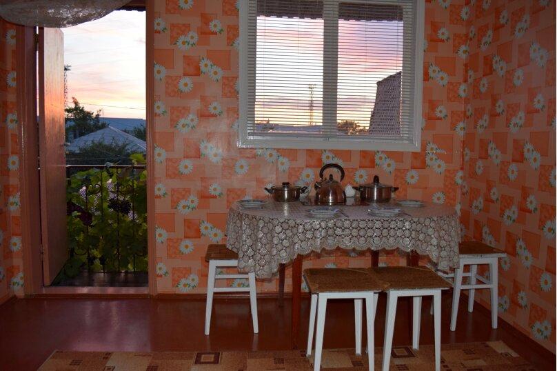 """Гостевой дом """"На Халтурина 50"""", улица Халтурина, 50 на 1 комнату - Фотография 7"""