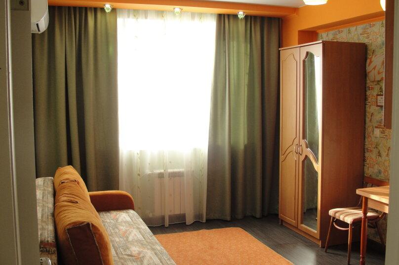 1-комн. квартира, 25 кв.м. на 2 человека, бульвар Ленина, 12, Симферополь - Фотография 1