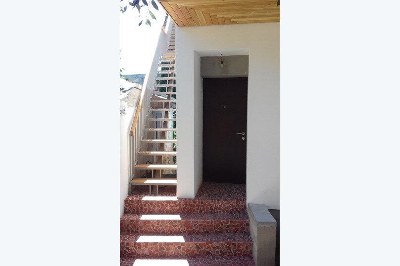 Новый дом, 2й этаж, 1-ком студии с террасой, 50 кв.м. на 4 человека, 1 спальня, улица Водовозовых, 18, Ялта - Фотография 6