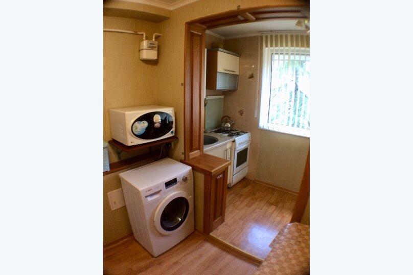 1-комн. квартира, 45 кв.м. на 2 человека, улица 50 лет Октября, 13, Алушта - Фотография 16