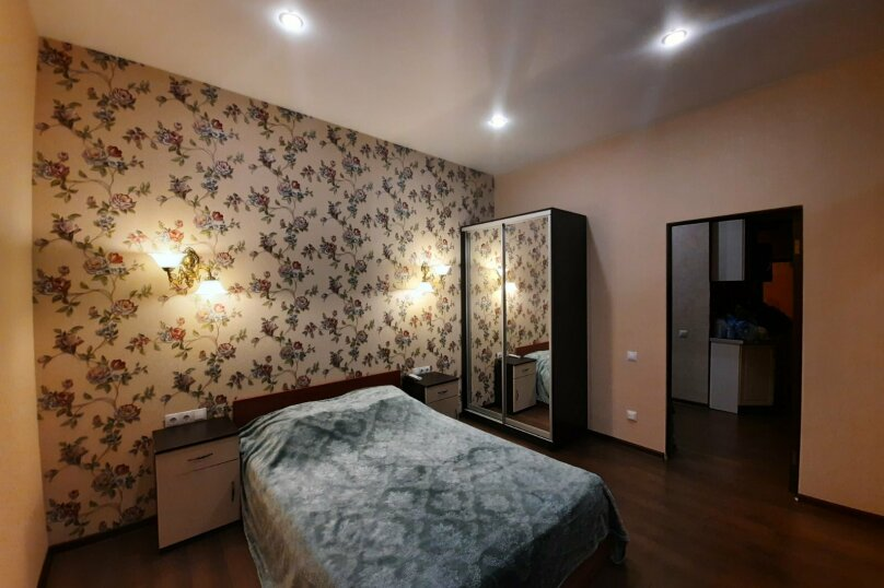 Отдельная комната, О. Кошевого, 7, Алупка - Фотография 7