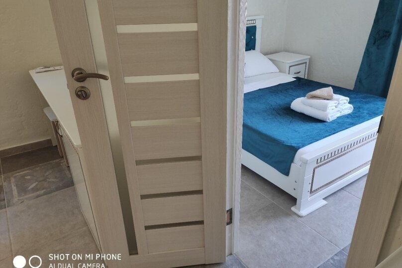 Гостевой дом ГРЕКО, улица Олега Колодяжного, 3 на 14 комнат - Фотография 32
