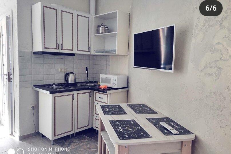 Отдельная комната, улица Олега Колодяжного, 3, Новофёдоровка, Саки - Фотография 1