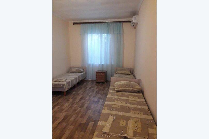 Двух комнатный семейный номер, улица Ковропрядов, 8, Судак - Фотография 1