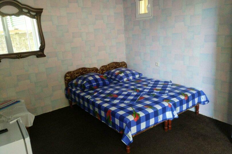 1-й. этаж, 6-я. комната, 3-х. местный., Черноморская, 4а, Ольгинка - Фотография 1