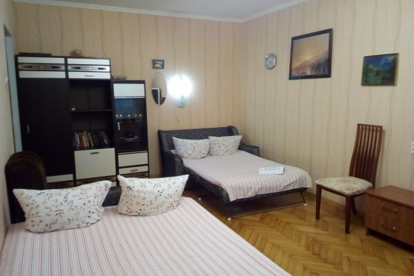 2-комн. квартира, 55 кв.м. на 6 человек, Цент, Грибоедова, 48, Геленджик - Фотография 1