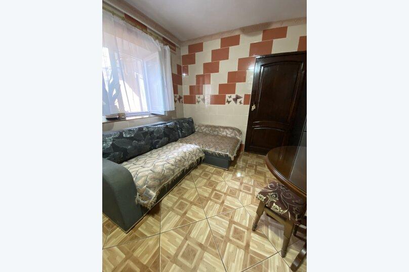 """Гостевой дом """"На 3 Поперечной 4"""", 3-я Поперечная улица, 4 на 2 комнаты - Фотография 5"""