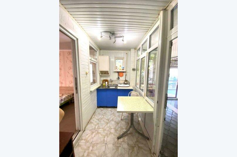 Семейный домик с кухней , улица Луначарского, 164, Геленджик - Фотография 3