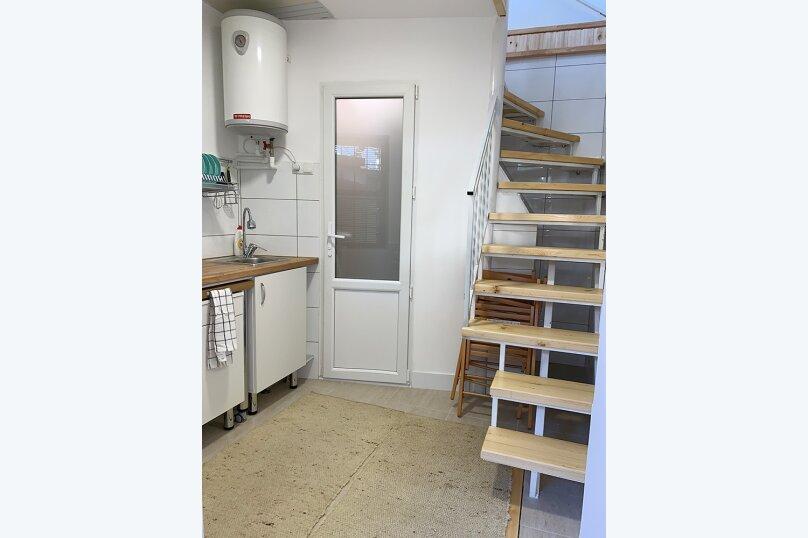 Двухуровневый коттедж, 25 кв.м. на 2 человека, 1 спальня, улица Дёмышева, 15, Евпатория - Фотография 2
