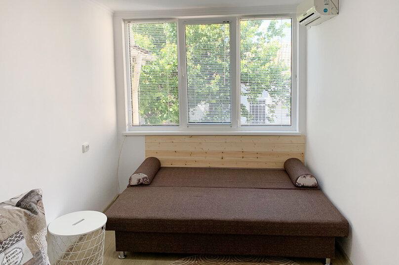 Двухуровневый коттедж, 25 кв.м. на 2 человека, 1 спальня, улица Дёмышева, 15, Евпатория - Фотография 13