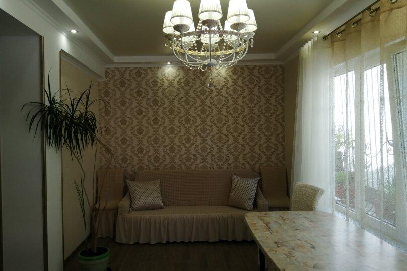 2-комн. квартира, 80 кв.м. на 4 человека, улица Ломоносова, 39, Старый Крым - Фотография 1