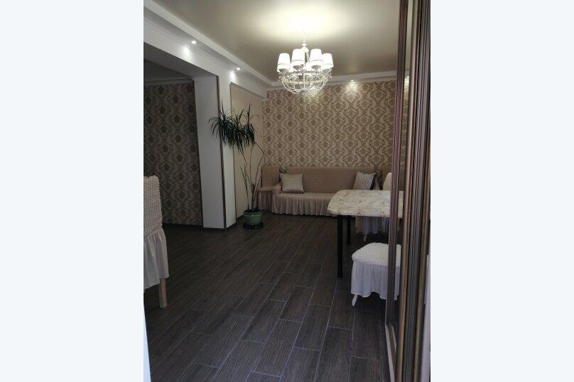 2-комн. квартира, 80 кв.м. на 4 человека, улица Ломоносова, 39, Старый Крым - Фотография 2