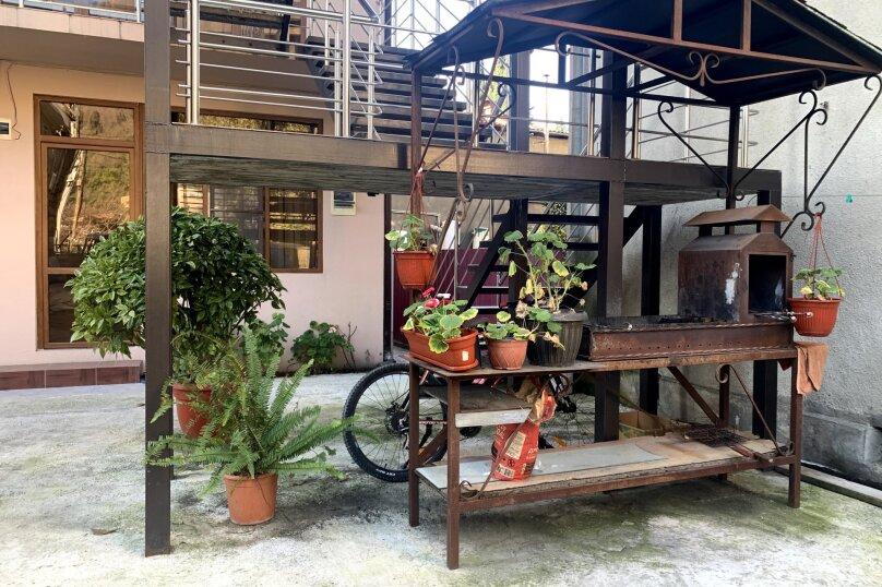 """Гостевой дом """"La familya"""", улица Султана Сосналиева, 26 на 24 комнаты - Фотография 93"""