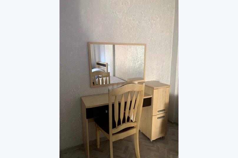 """Гостевой дом """"La familya"""", улица Султана Сосналиева, 26 на 24 комнаты - Фотография 11"""