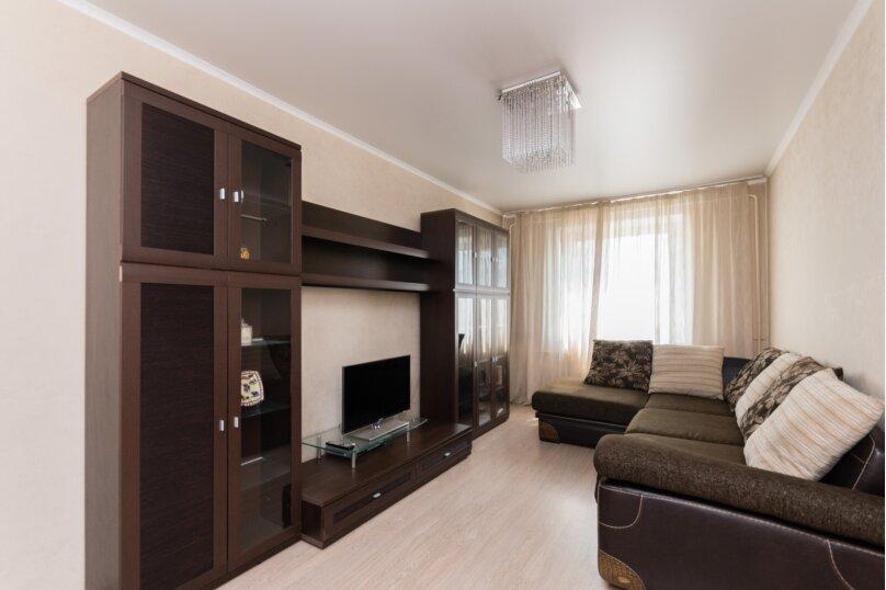 2-комн. квартира, 65 кв.м. на 4 человека, улица Культуры, 95, Челябинск - Фотография 7