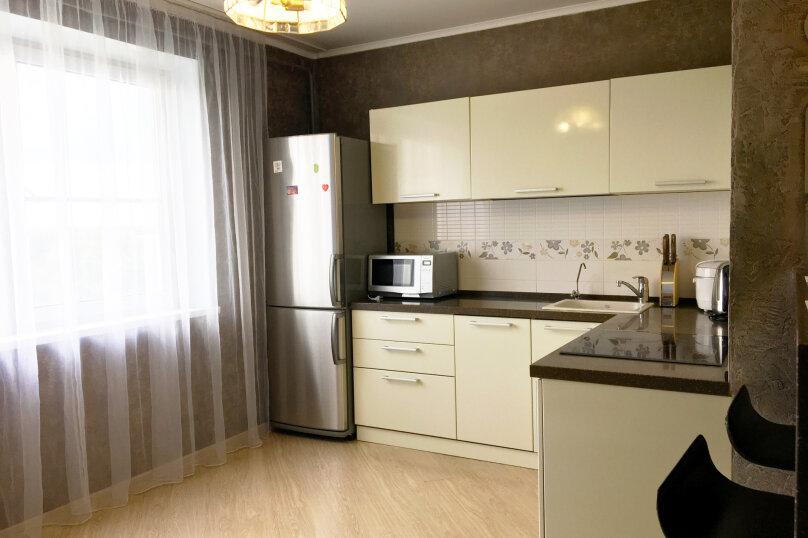 2-комн. квартира, 65 кв.м. на 4 человека, улица Культуры, 95, Челябинск - Фотография 21