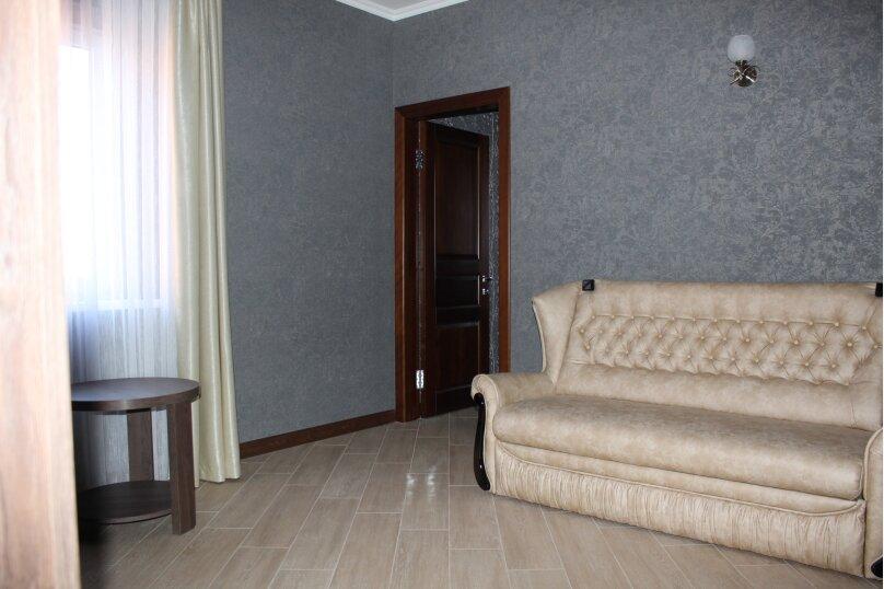 """Гостевой дом """"KOSMOS"""", Исполкомовская улица, 1А на 8 комнат - Фотография 20"""