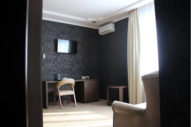 """Гостевой дом """"KOSMOS"""", Исполкомовская улица, 1А на 8 комнат - Фотография 22"""