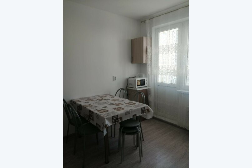 2-комн. квартира, 65 кв.м. на 6 человек, улица Мурата Ахеджака, 21, Новороссийск - Фотография 4