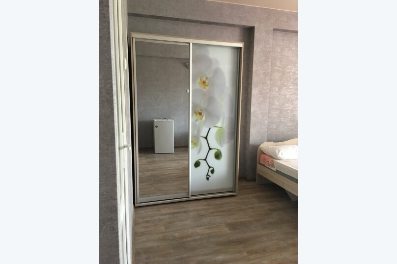 """Гостевой дом """"Уютный дворик"""", Береговая, 4 на 4 комнаты - Фотография 54"""