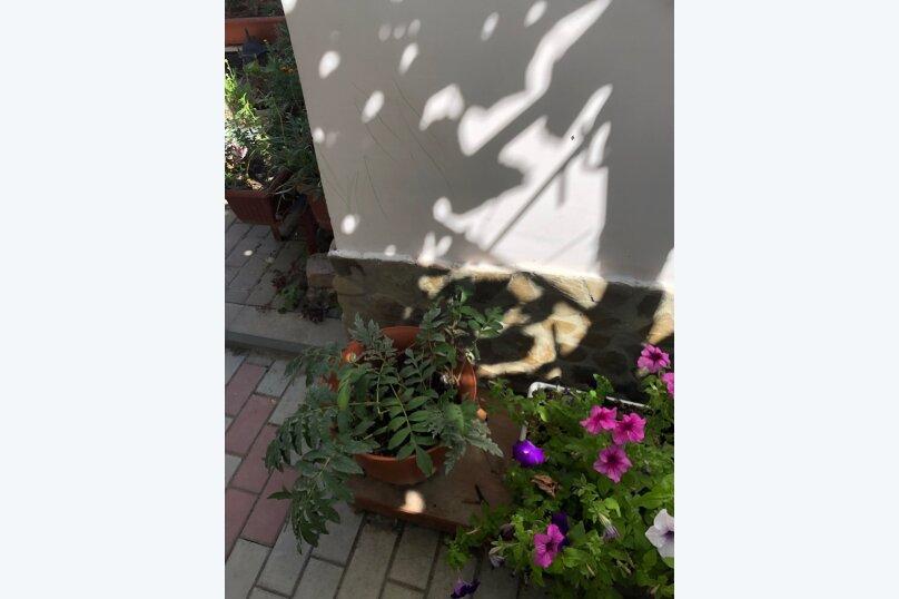 """Гостевой домик """"У Ирины"""", Народная улица, 5-А на 6 комнат - Фотография 10"""