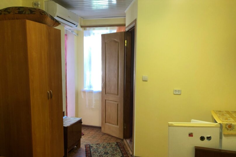 """Гостевой домик """"У Ирины"""", Народная улица, 5-А на 6 комнат - Фотография 18"""