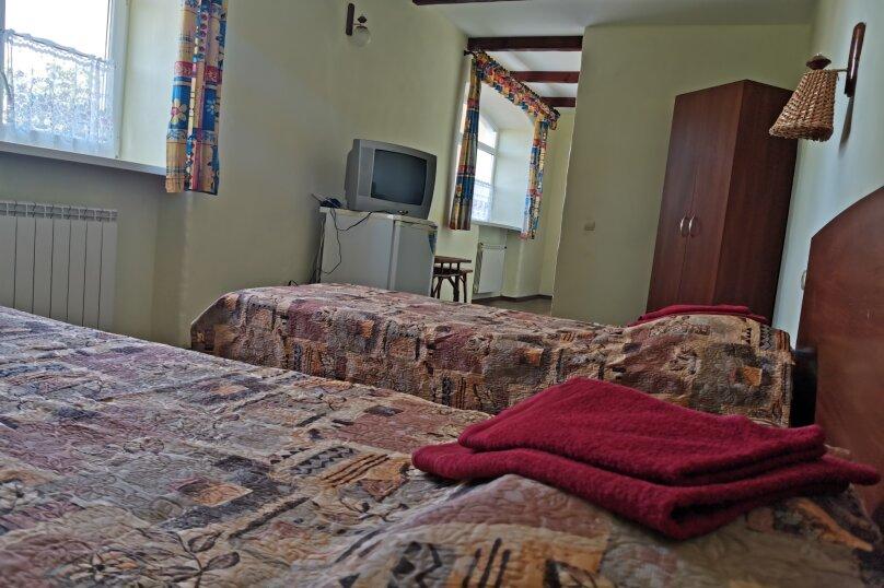 Двухкомнатный семейный номер, улица Федько, 59, Феодосия - Фотография 1