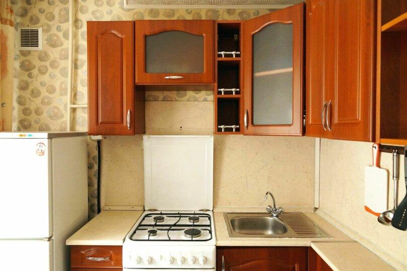 2-комн. квартира, 43 кв.м. на 4 человека, Деповская улица, 34, Барнаул - Фотография 10