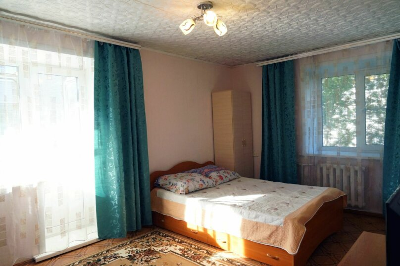 1-комн. квартира, 31 кв.м. на 4 человека, улица Свердлова, 73, Барнаул - Фотография 5