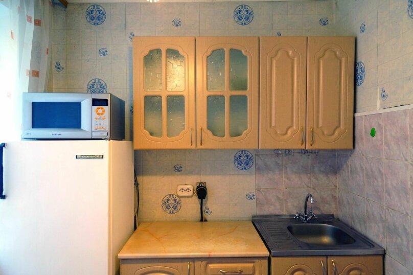 1-комн. квартира, 31 кв.м. на 4 человека, улица Свердлова, 73, Барнаул - Фотография 8