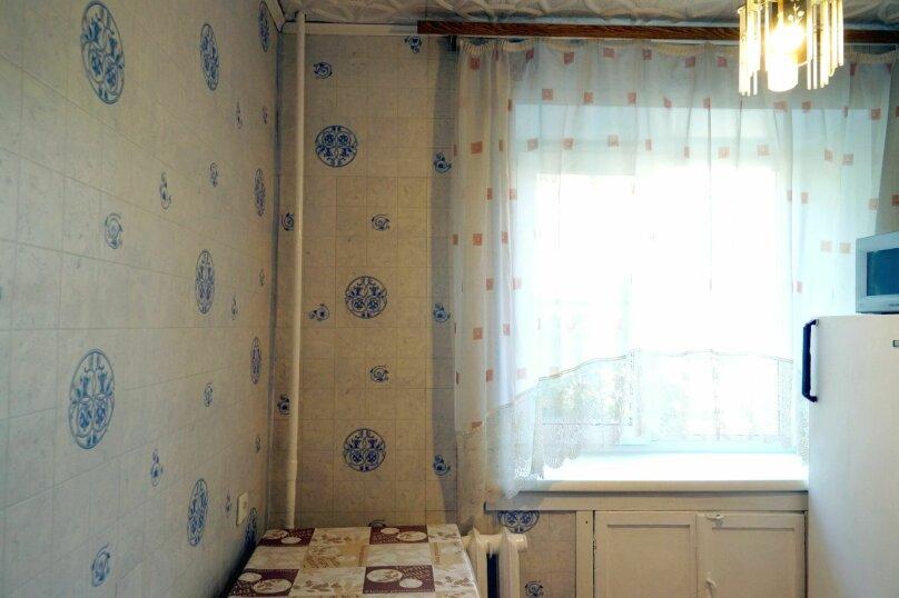 1-комн. квартира, 31 кв.м. на 4 человека, улица Свердлова, 73, Барнаул - Фотография 9