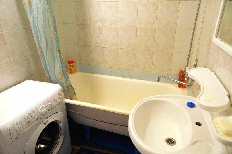 1-комн. квартира, 31 кв.м. на 4 человека, улица Свердлова, 73, Барнаул - Фотография 15