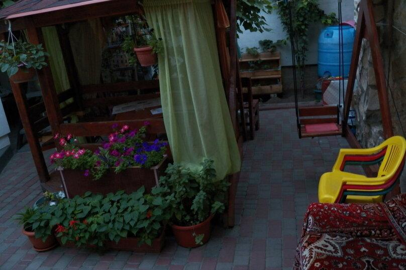 Частный дом с отдельными входами и своими кухнями, Советская улица, 30/23 на 2 комнаты - Фотография 9