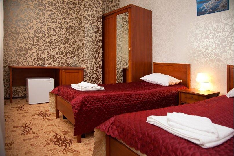 2х местный стандарт с одной двуспальной или двумя раздельными кроватями, улица Мичурина, 5, Красная Поляна - Фотография 1