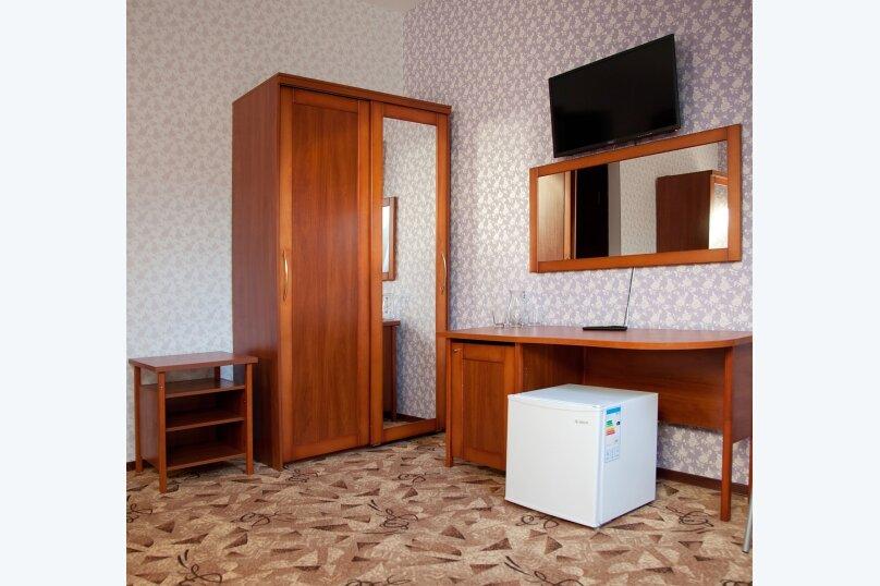 Отель «Утомленные Солнцем», улица Мичурина, 5 на 44 номера - Фотография 47