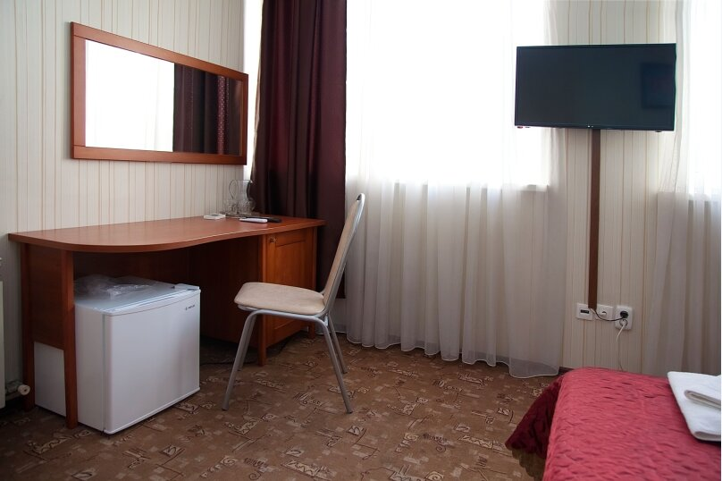 Отель «Утомленные Солнцем», улица Мичурина, 5 на 44 номера - Фотография 25