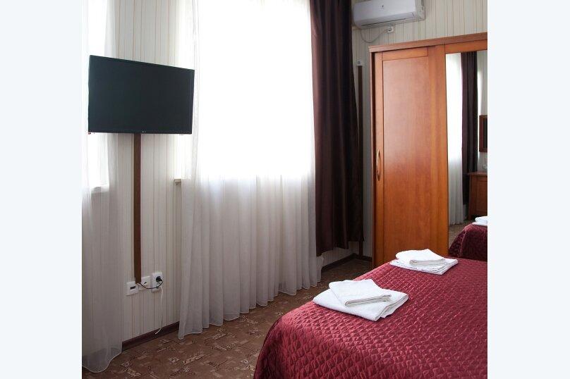 Отель «Утомленные Солнцем», улица Мичурина, 5 на 44 номера - Фотография 26