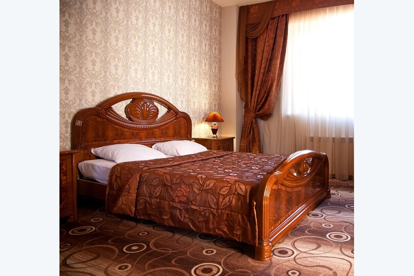Люкс с 2-мя спальнами, улица Мичурина, 5, Красная Поляна - Фотография 1