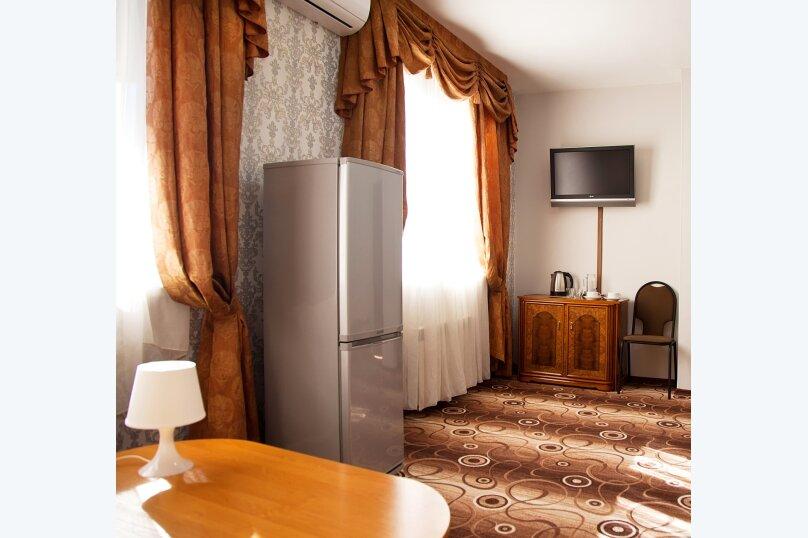 Отель «Утомленные Солнцем», улица Мичурина, 5 на 44 номера - Фотография 41