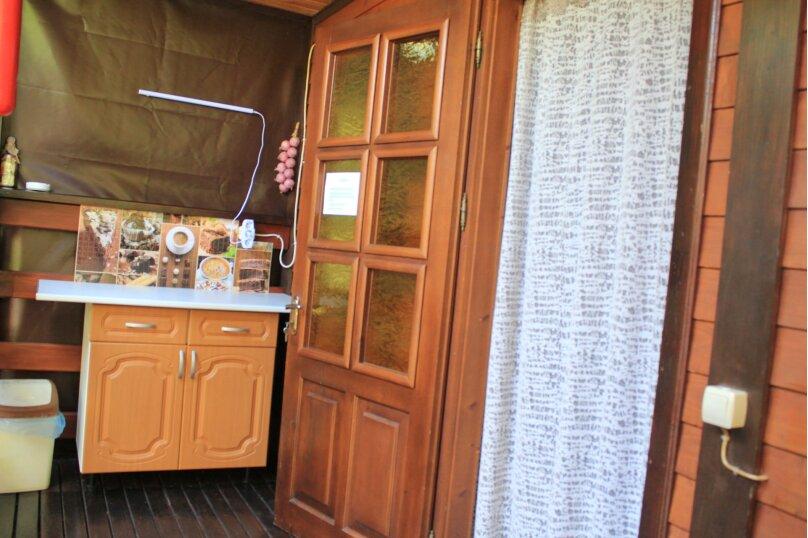 """Гостевой дом """"У реки """", Береговая улица, 2 на 6 комнат - Фотография 47"""