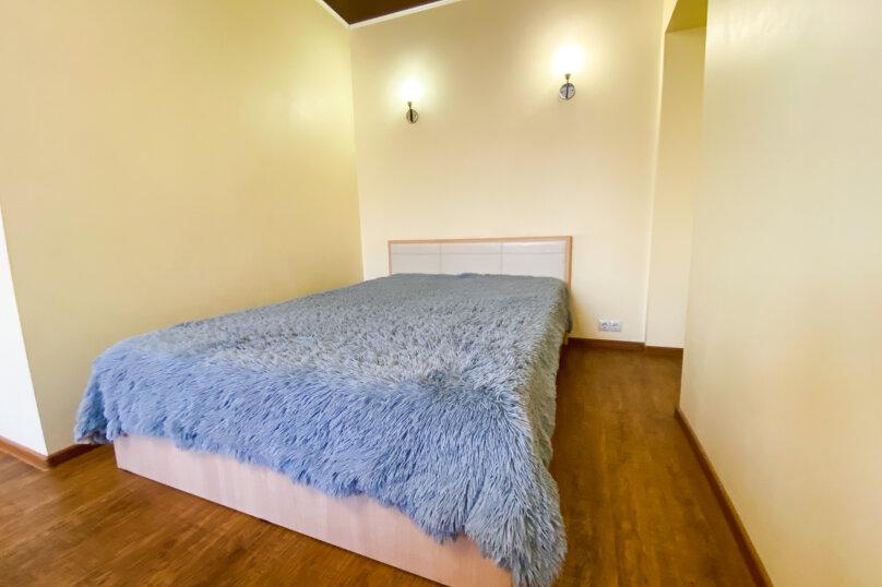 1-комн. квартира, 33 кв.м. на 4 человека, проспект Карла Маркса, 26, Омск - Фотография 1