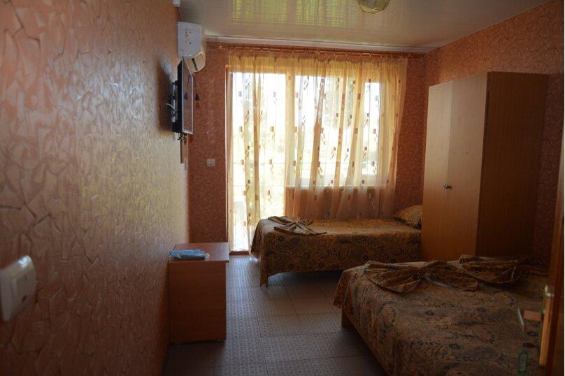 Гостевой дом Чепурова, Алычевый переулок, 1 на 15 комнат - Фотография 24
