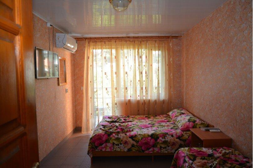 Гостевой дом Чепурова, Алычевый переулок, 1 на 15 комнат - Фотография 25