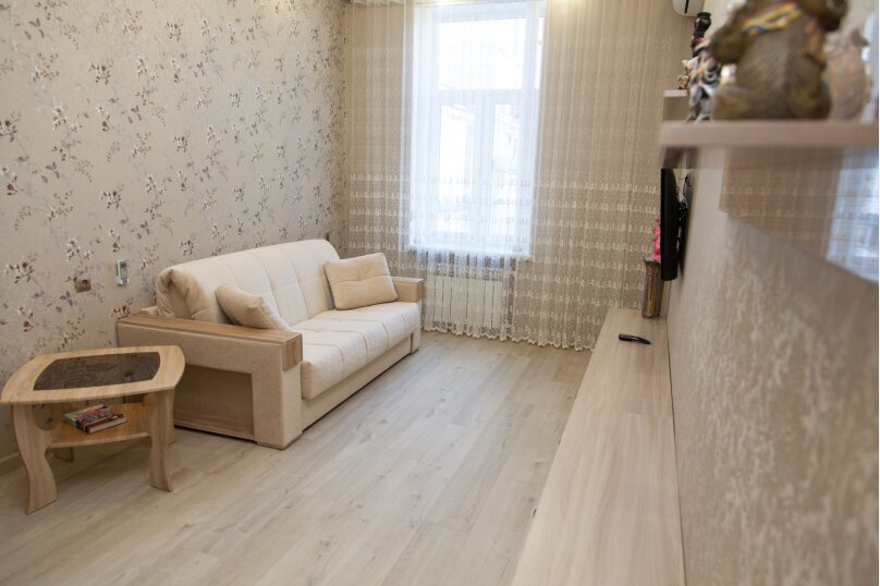 5-комн. квартира, 130 кв.м. на 6 человек, проспект Нахимова, 10, Севастополь - Фотография 3